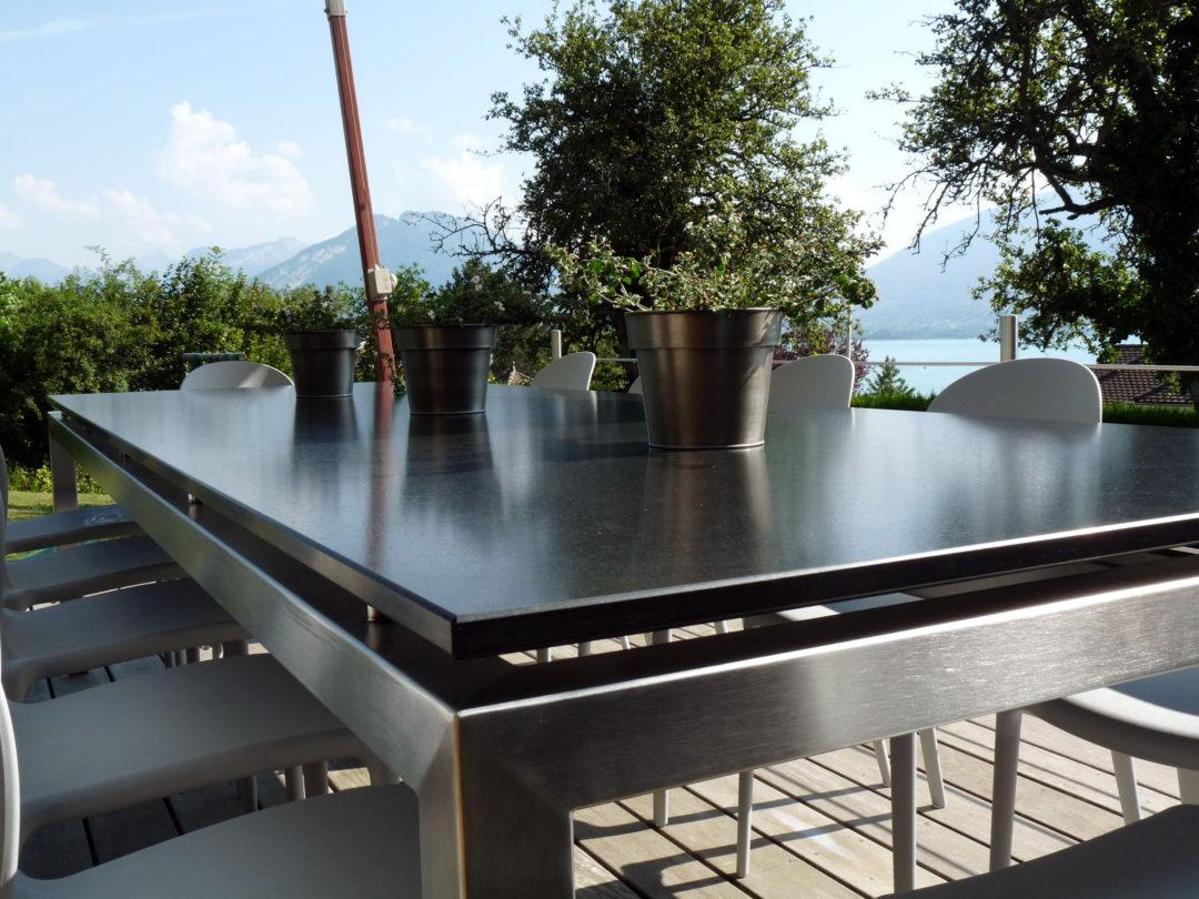 Table marbrerie granit pierre plan de travail cuisine - Marbres design ...